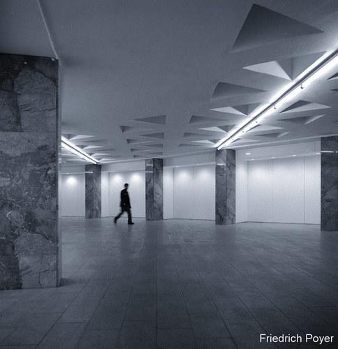 2PEUH einsam im untergrund